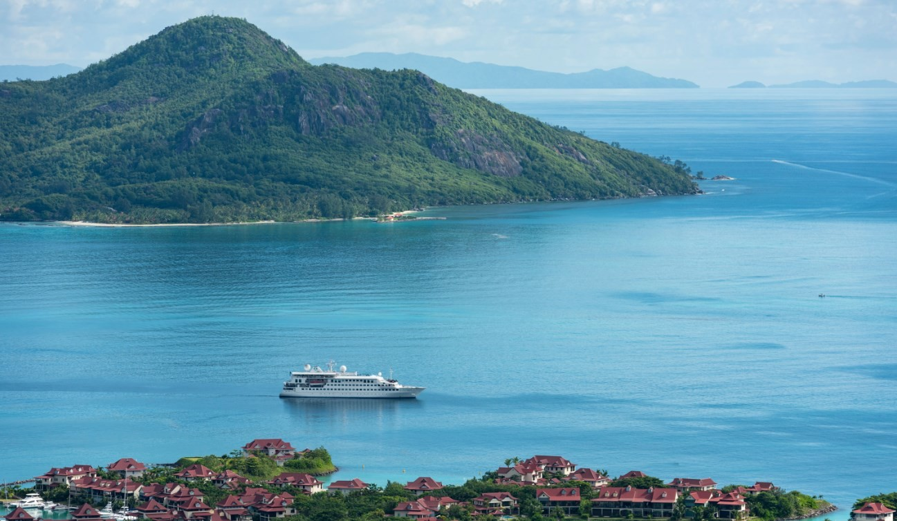 news-main-crystal-yacht-cruises-unveils-2022-and-q1-2023-deployment-for-award-winning-crystal-esprit.1573545857.jpg