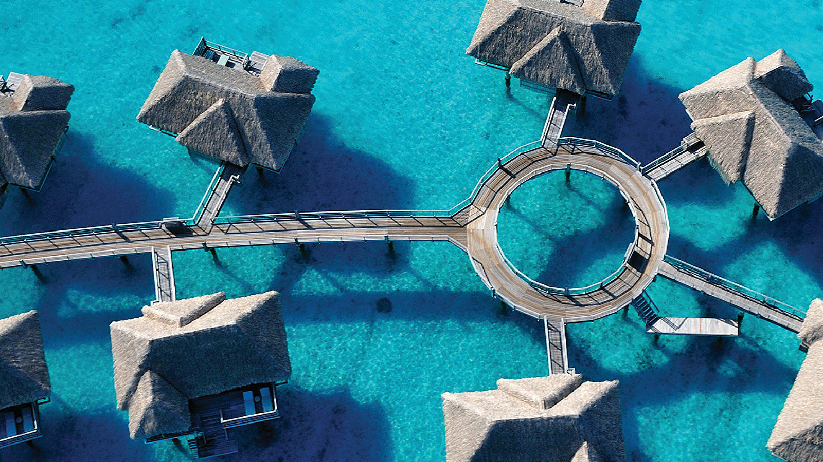 news-main-four-seasons-resort-bora-bora-named-the-top-resort-in-french-polynesia-conde-nast-travelers-readers-choice-awards.1602159165.jpg