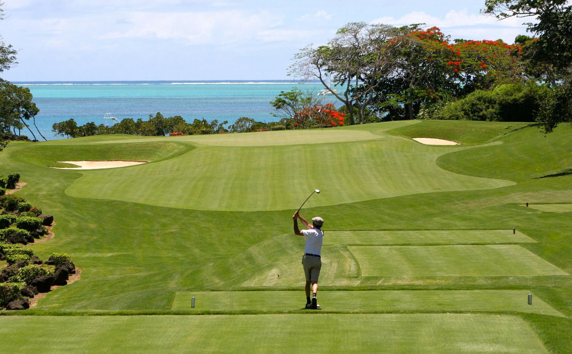 news-main-golf-maurice-part-a-lassaut-du-marche-indien.1554812022.jpg