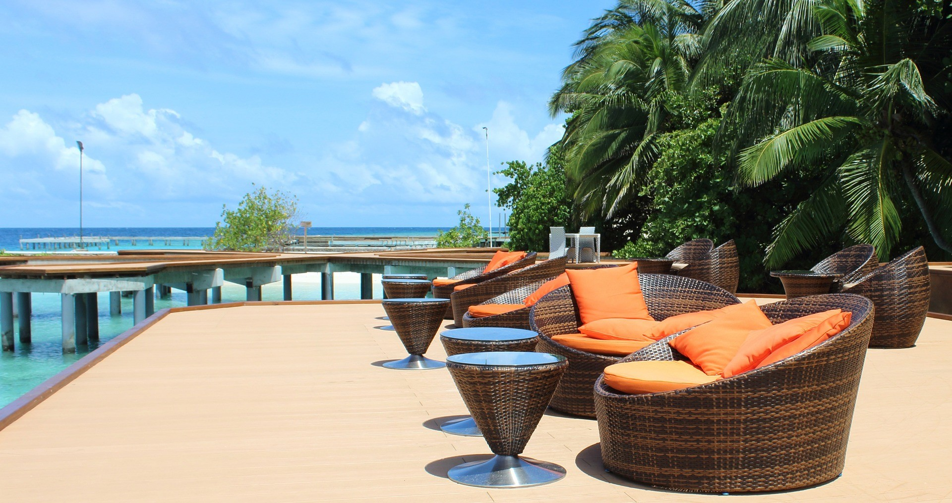news-main-jll-releases-maldives-hotels-recovery-guide.1601374587.jpg
