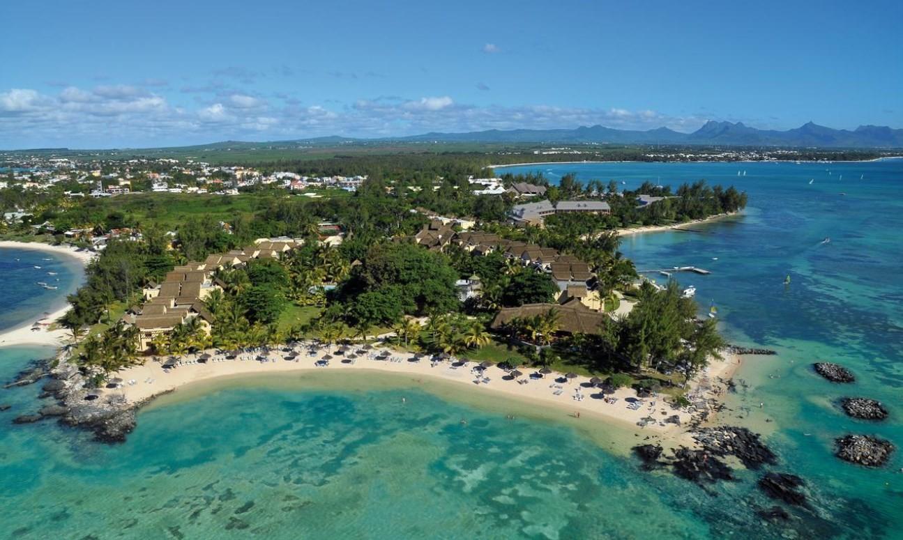 news-main-la-canonier-beachcomber-recoit-la-roque-dor-2019.1577899481.jpg