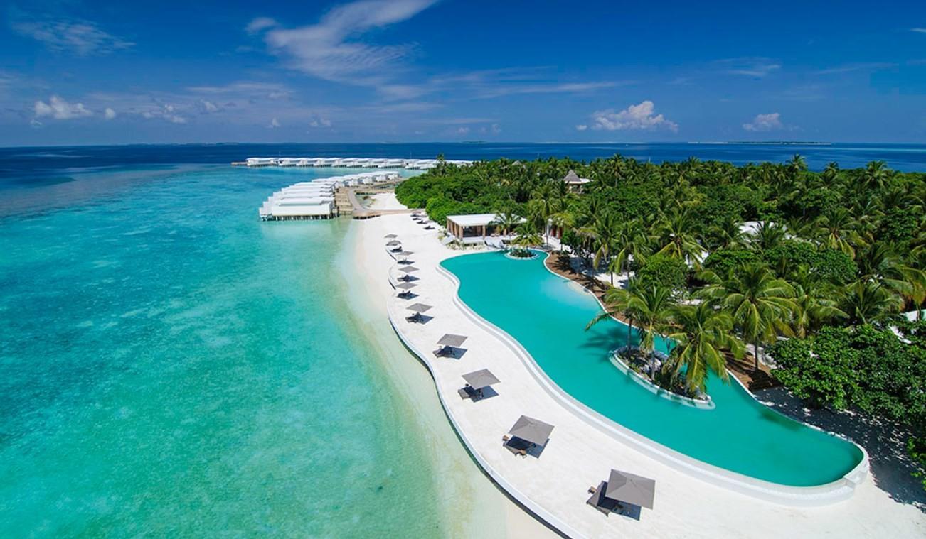 news-main-new-executive-chef-takes-maldives-gastronomy-to-new-levels-at-amilla.1584381795.jpg