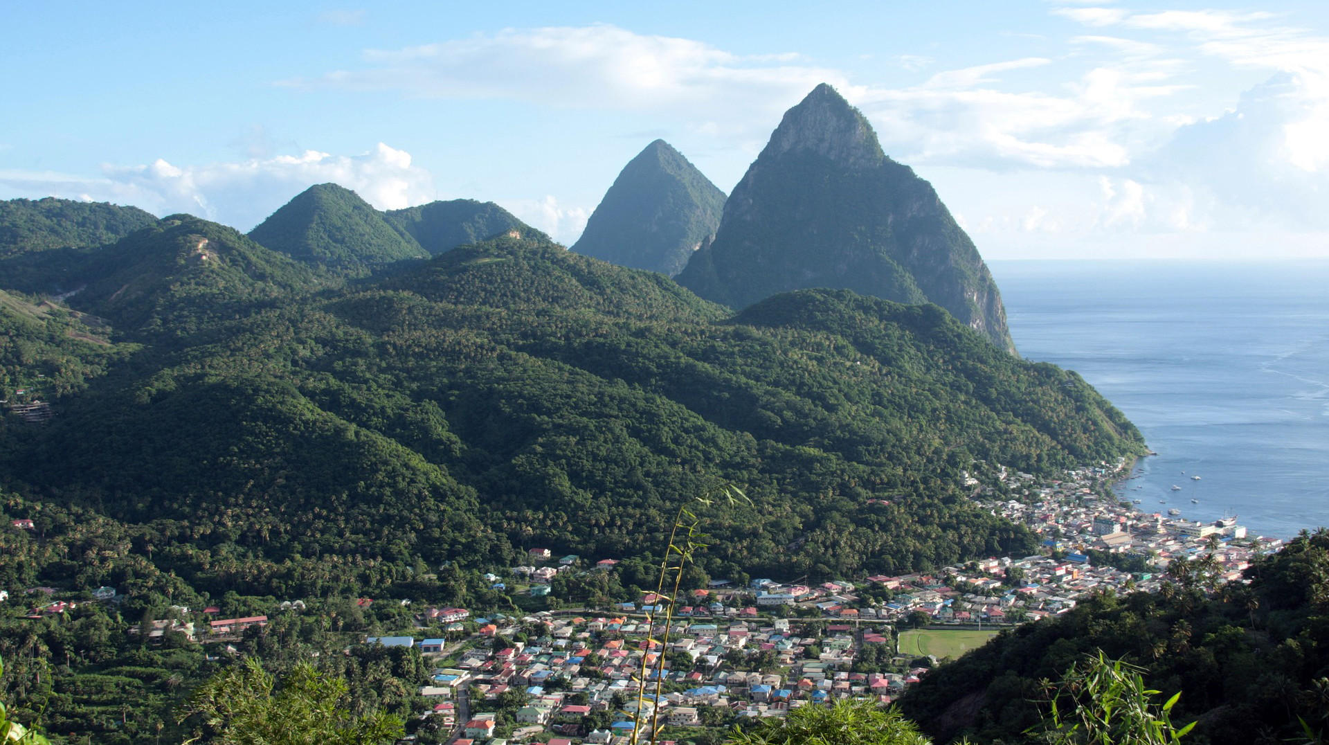 news-main-saint-lucia-unveils-plans-to-restart-tourism-sector.1589888651.jpg