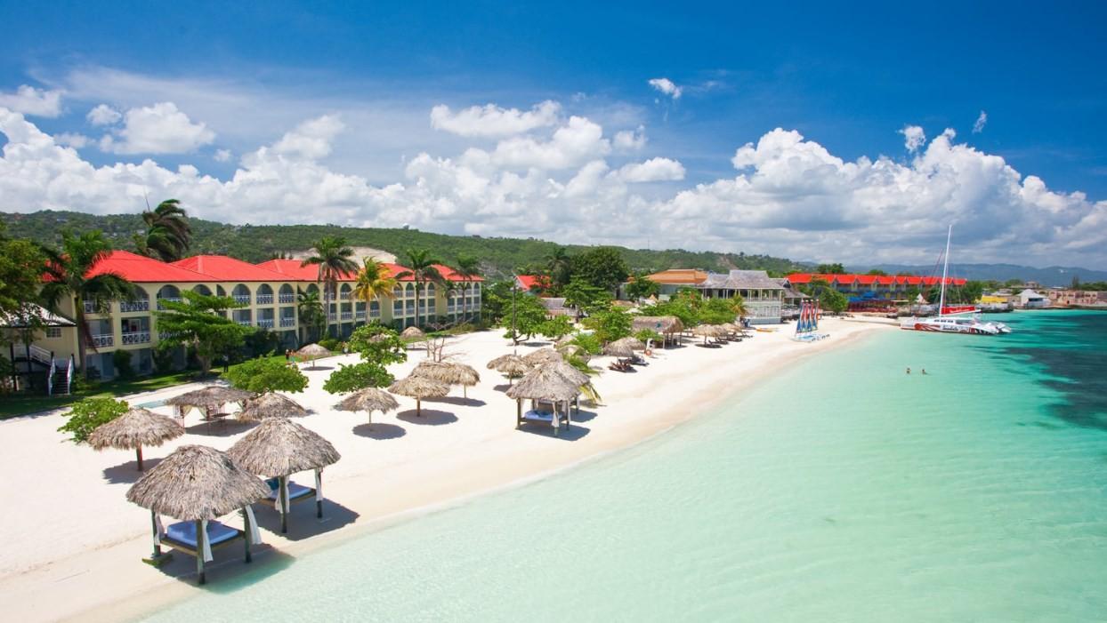 news-main-sandals-royal-caribbean-ajoute-de-nouvelles-suites-swim-up.1618310926.jpg