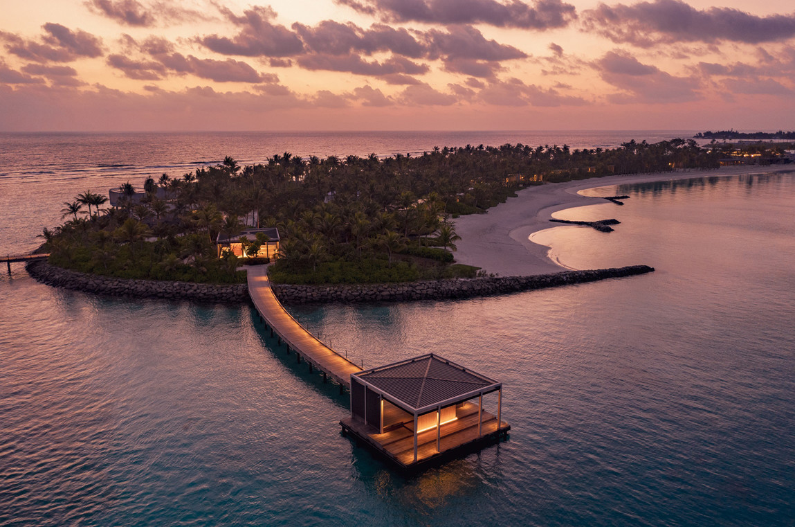 news-main-unparalleled-luxury-embraces-the-circle-of-island-life-with-the-debut-of-the-ritz-carlton-maldives-fari-islands.1622561014.jpg